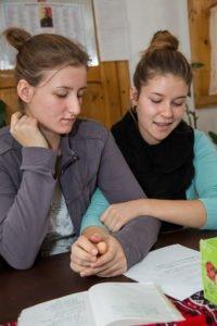 Miteinander in unserm Kinderheim in Schineni. (Foto: Achim Pohl)